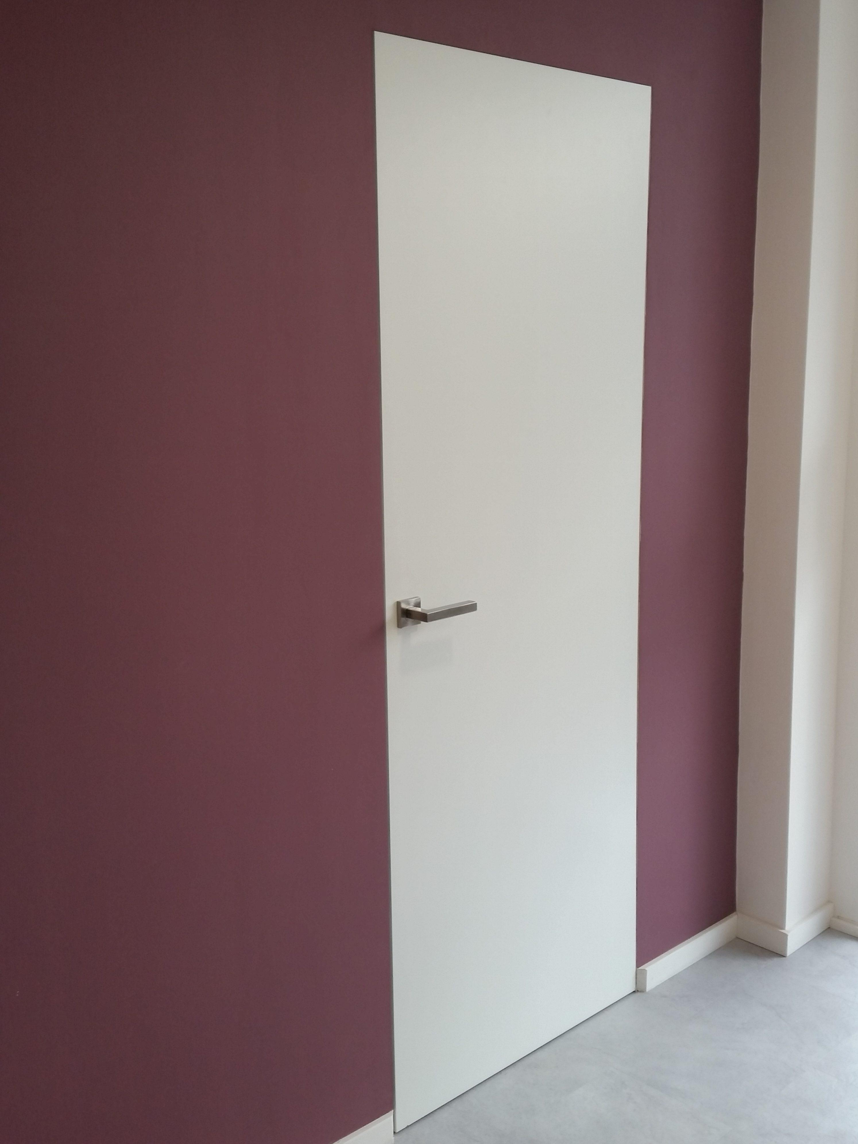 Porte affleurante et invisible willemann bitsch for Porte interieur isophonique