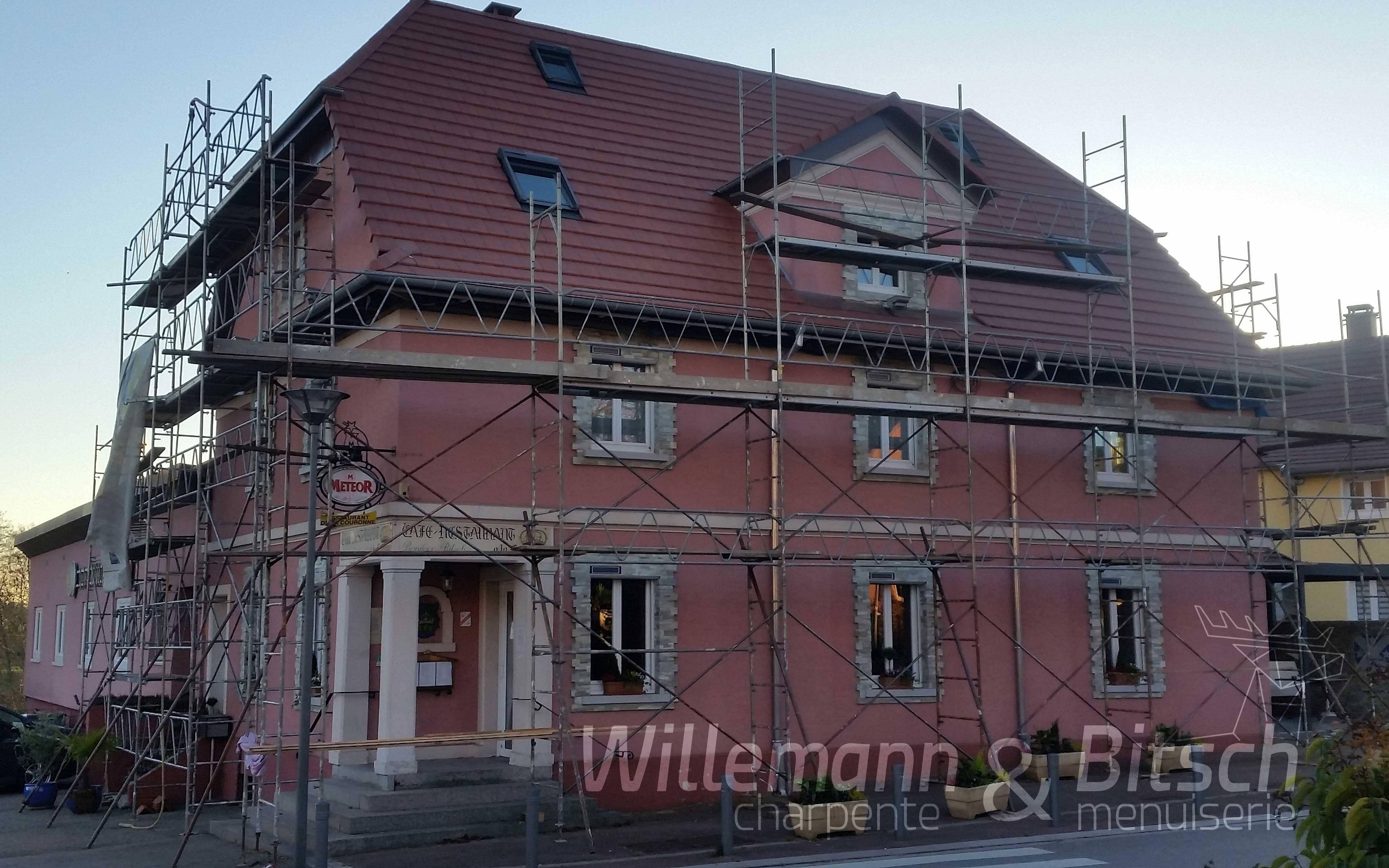 isolation rénovation toit tuile alsace burnhaupt lucarne châssis de toiture