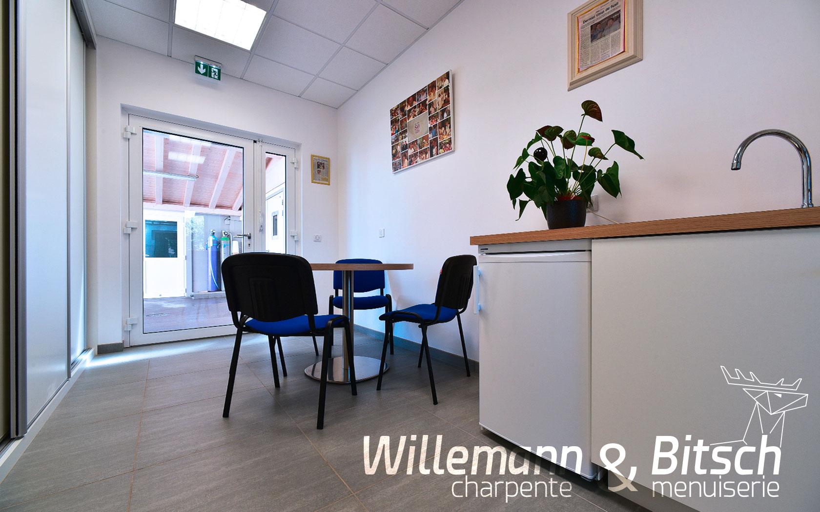 Cernay - espace détente - salle de repas et de repos, pause