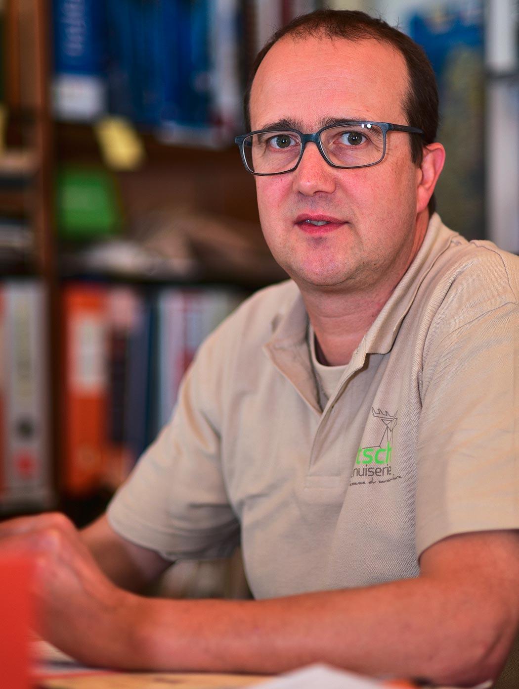Michel - Maître ébéniste, chargé d'affaires