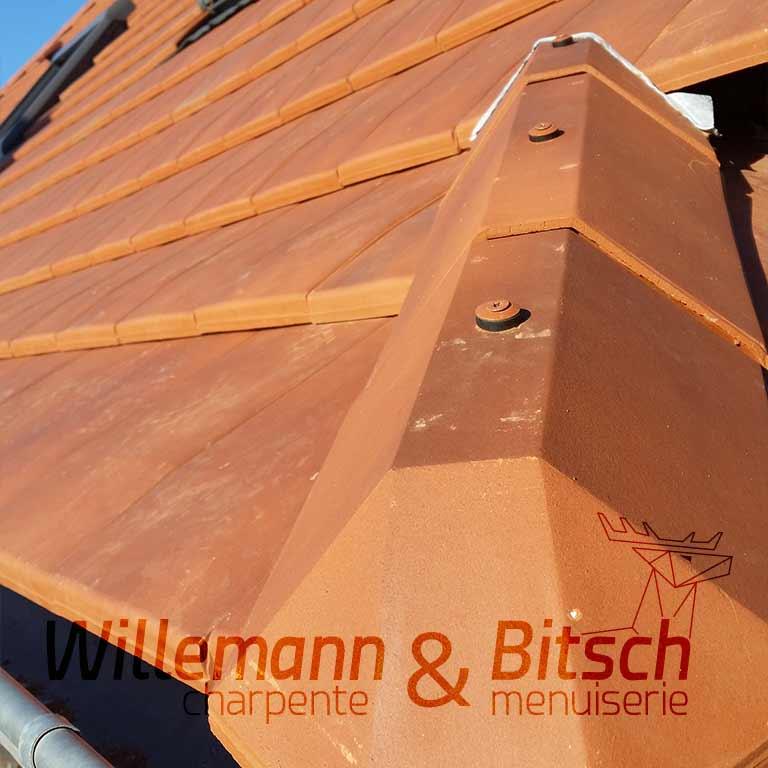 tuile couverture charpente toiture alsace plate région spécialité willemann 68